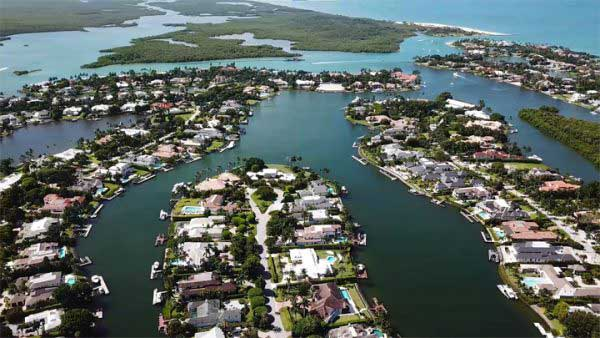 Port Royal Real Estate Listings in Naples, Florida